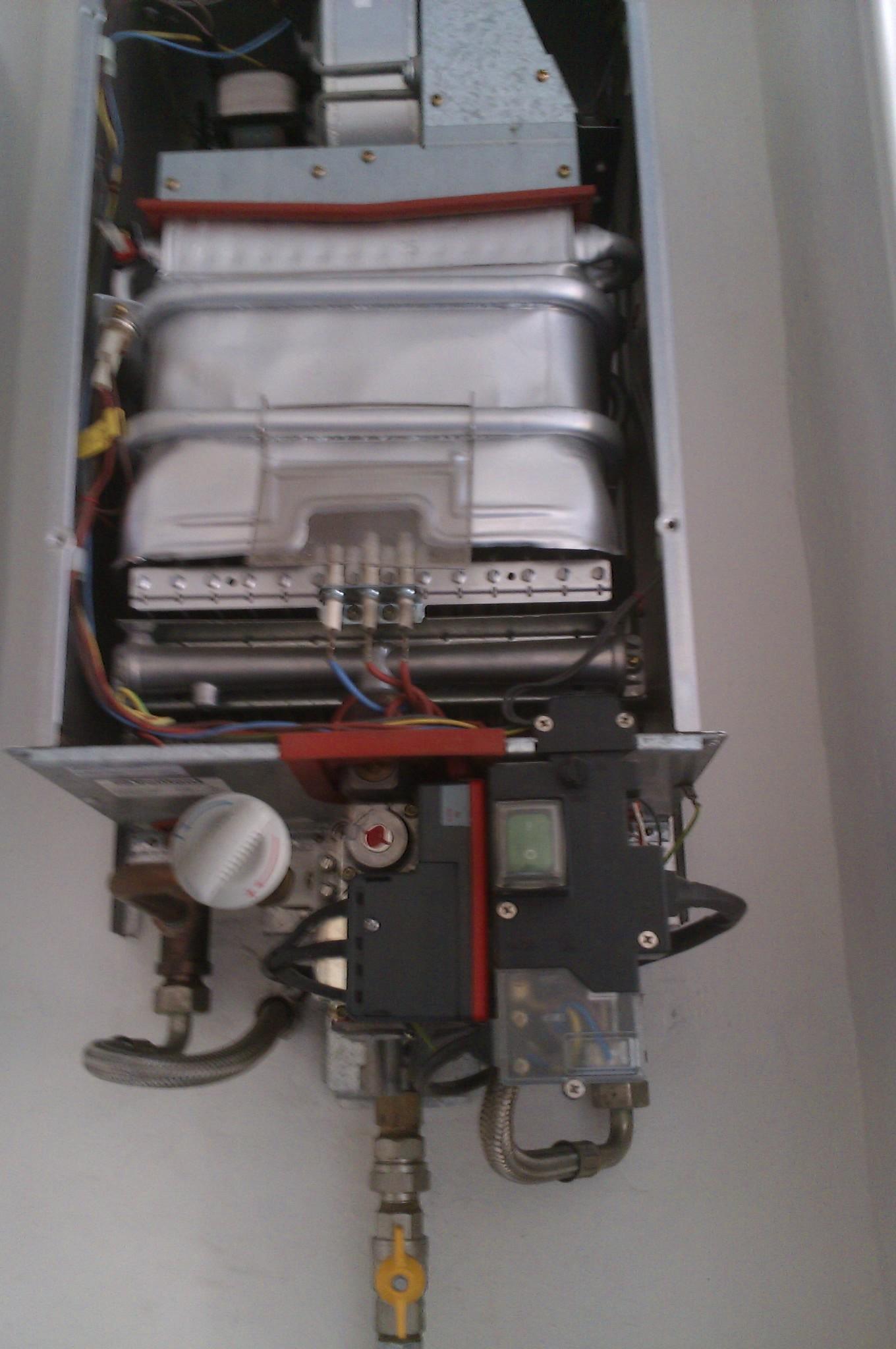 Scaldabagno a gas: funzionamento e come regolare la ...